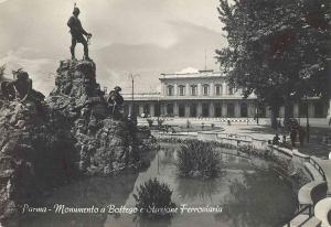 parma_monumento_vittorio_bottego
