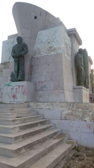 Siracusa_Monumento-caduti-Africa (4)