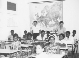 Mogadiscio_Allievi_Scuola Media_Mons.Filippini2