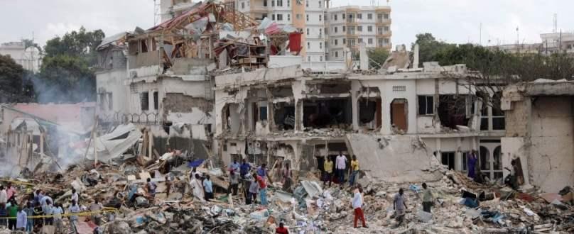 mogadiscio_attentato-terroristico (4)