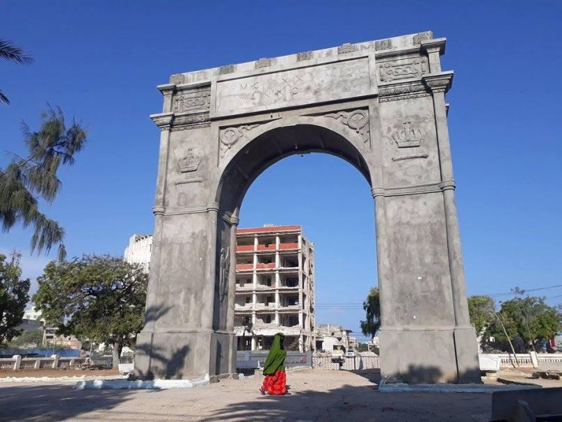 Mogadiscio_Arco_Umberto (9)