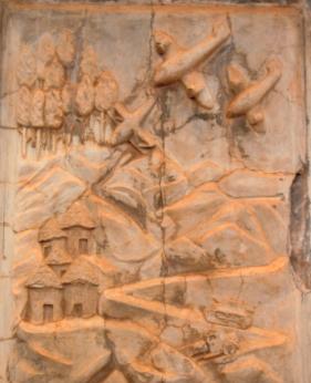 bassorilievi monumento prigionieri italiani Kenia (1)