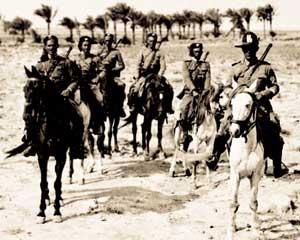 Carabinieri_a cavallo_in_Palestina