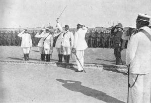 Ammiraglio_Faravelli_e_capitano_Cagni_a_Tripoli