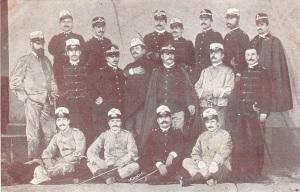 Ufficiali del Battaglione Alpini d'Africa (1895) due indossano la grande uniforme speciale senza elmetto