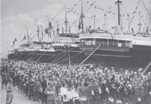 1938- Coloni sbarcano a Tripoli copia