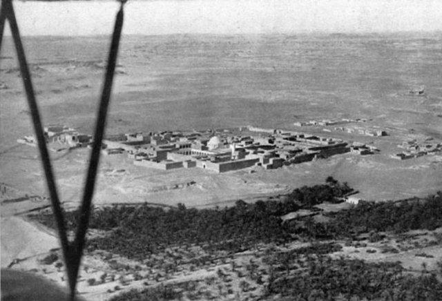 Foto aerea dell'oasi di Giarabub nel 1941