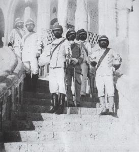 Il colonnello Tancredi Saletta ed il suo staff a Massaua (1885)