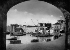 15-Rodi. Mura medievali, restauro. La cortina sul porto