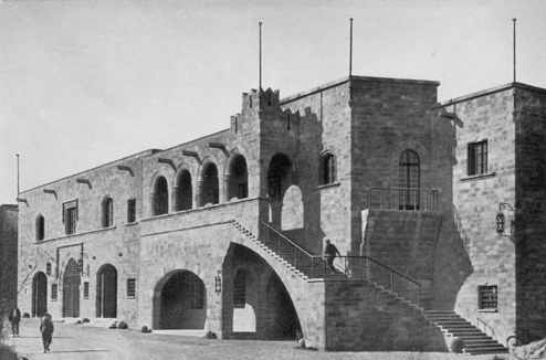 26-Rodi. Esempio di nuove costruzioni nella città murata intonate all'antico